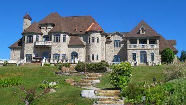 Une maison digne d'un château <br>à vendre sur LesPAC!