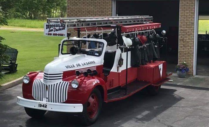 Le-premier-camion-de-pompier-de-la-Ville-de-La-Sarre-en-vente-sur-LesPAC!