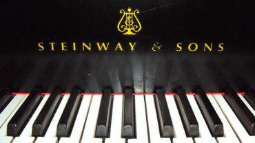 Un magnifique piano Art Déco de marque Steinway à vendre sur LesPAC!