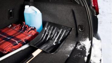 8 articles essentiels à conserver dans sa voiture l'hiver!